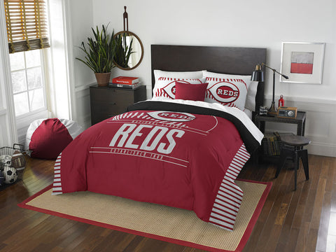 Cincinnati Reds queen/full comforter and 2 shams
