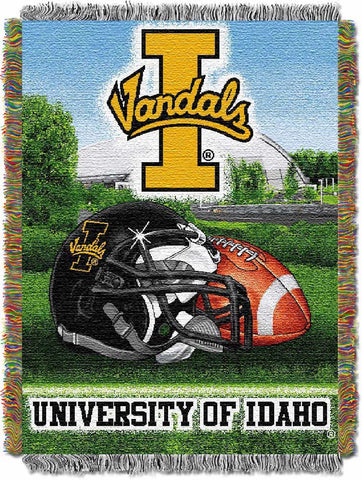 NCAA Idaho Vandals HOME FIELD ADVANTAGE Tapestry - Bed, Bath, And My Team