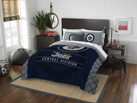 Winnipeg Jets queen/full comforter and 2 shams