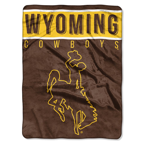 Wyoming Cowboys large plush blanket