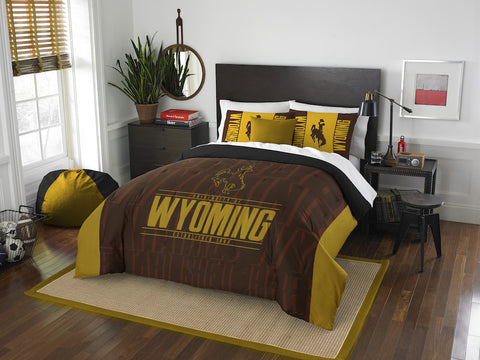 Wyoming Cowboys queen/full comforter and 2 shams