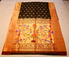 Black Handwoven Silk Sari with Fancy Wall Pallu - IndiaSilkArt.Com