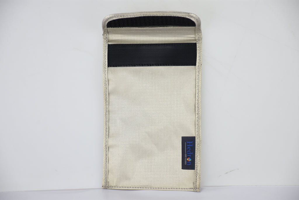 Hedron Blackout: Anti-Tracking Phone Sleeve