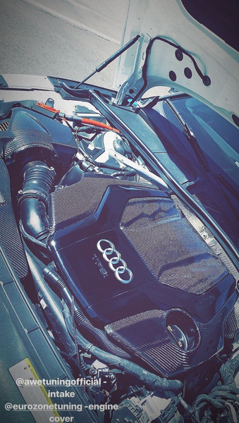 EZT Audi B9 2.9T S4/S5/RS5 TFSI Carbon Fiber Engine Covers