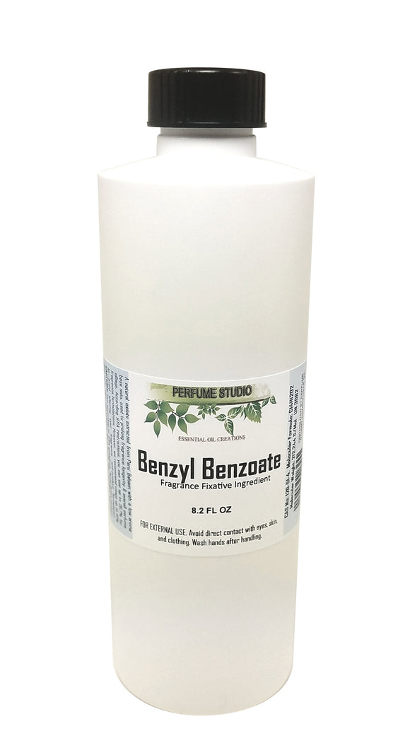 Benzyl Benzoate Fragrance Fixative Ingredient; A natural isolate extracted from Peru Balsam with a low aroma base note, used to prolong fragrance longevity & overall perfume sillage