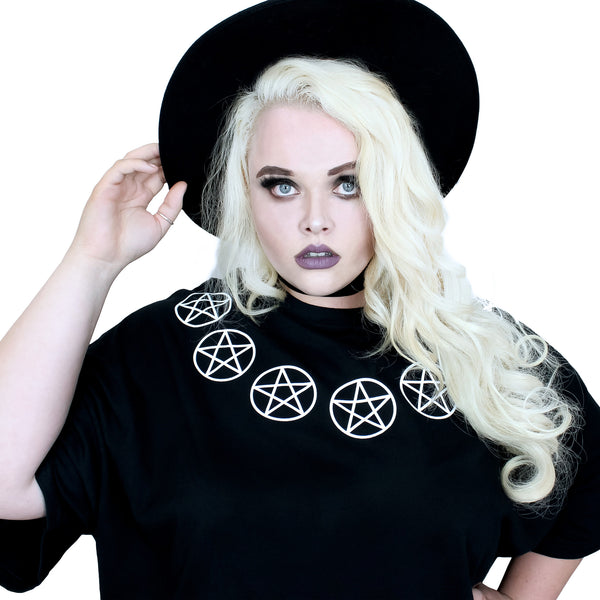 Seven Pentacles Oversized Tee Shirt - Witch - Goth - Nu Goth - Witch Worldwide