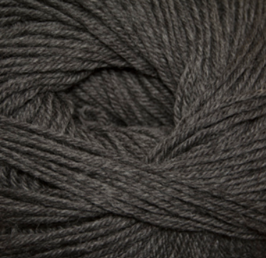 Cascade 220 Superwash Yarn in Charcoal 900 - brewstitched.com