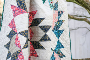 The Isabella Quilt Paper Pattern by Kitchen Table Quilting - brewstitched.com