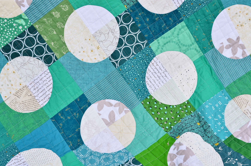 The Harper Quilt Paper Pattern by Kitchen Table Quilting - brewstitched.com