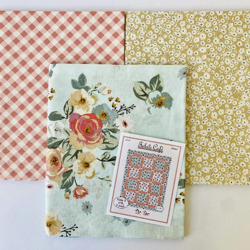 Gingham Gardens Tic Tac 3 Yard Quilt Kit - brewstitched.com