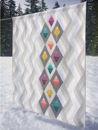 Woven Jewelbox Quilt Paper Pattern from Cut Loose Press - brewstitched.com