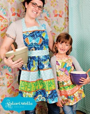 Mommy & Me Apron Paper Pattern - brewstitched.com