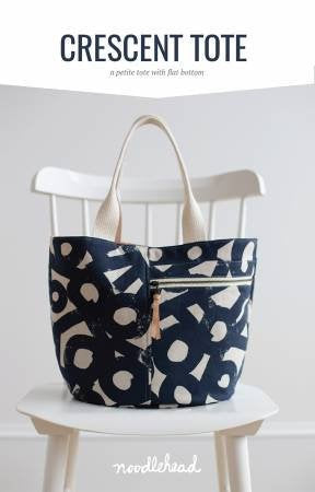 Noodlehead Crescent Tote Paper Pattern - brewstitched.com