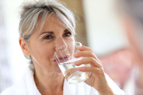 How Drinking Water Affects Incontinence