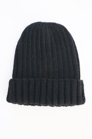 Essential Rib Beanie- Black