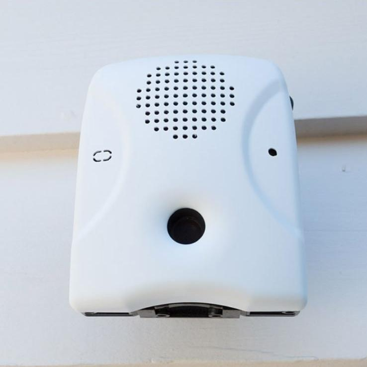 Goodlife - Dog Silencer® MAX - Stop Barking Up To 300 Feet Away - Humane And Shock-Free