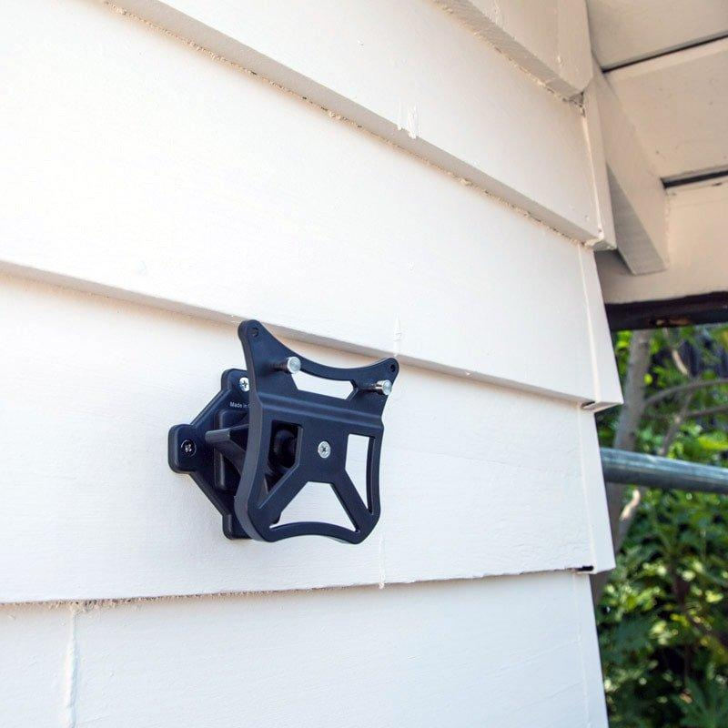 Goodlife - The Guardian™ Mounting Bracket With Pan And Tilt