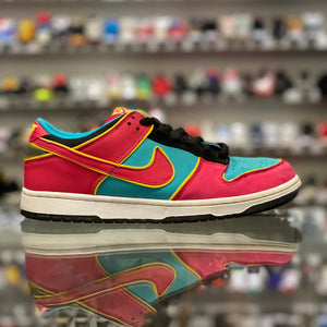 "Nike SB Dunk Low ""Ms. Pac-Man"""