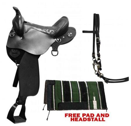 Black Double T Trail style saddle with nylon skirts and fenders