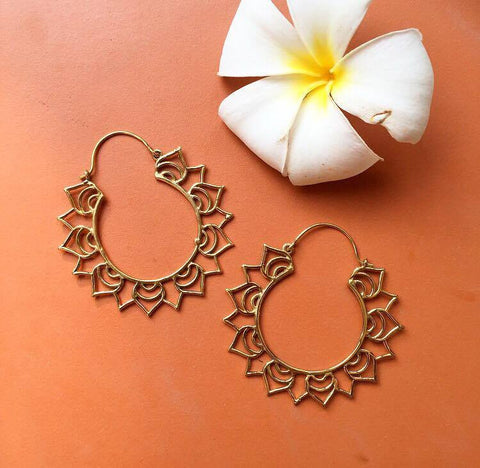 Flower brass earrings