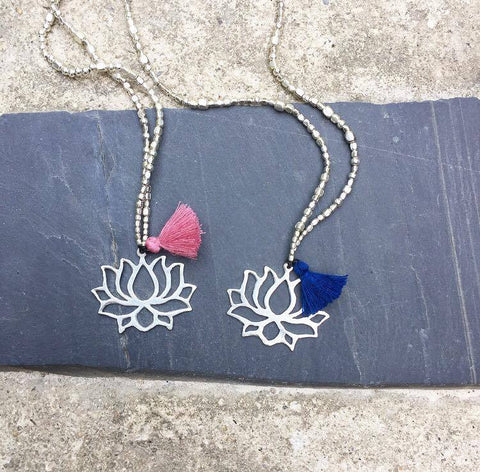 The silver Lotus necklace