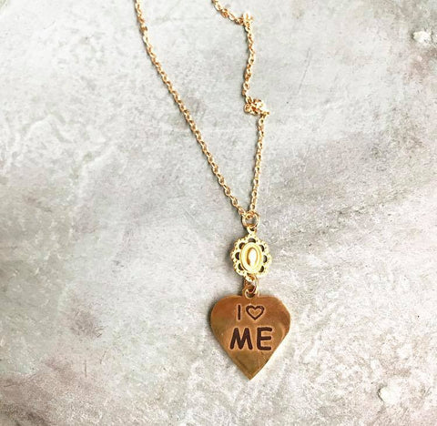 I love ME necklace....long