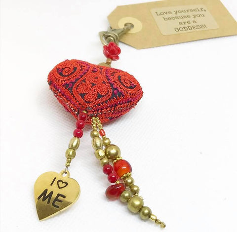 LOVE YOURSELF with a key-chain......red