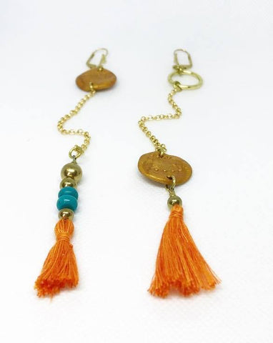 Asymmetric long earrings in gold, orange and turqouise