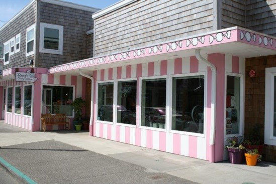 Bruce's Candy Kitchen - Cannon Beach, Oregon
