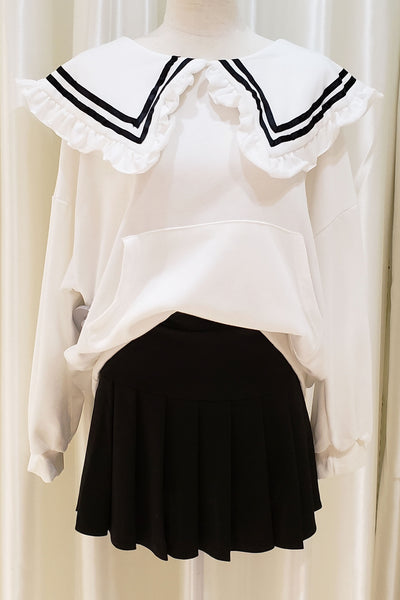 Losse Fit Frilled Collar Top