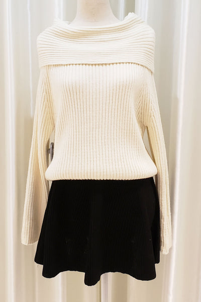 Off-shoulder Ribbed Knit Top