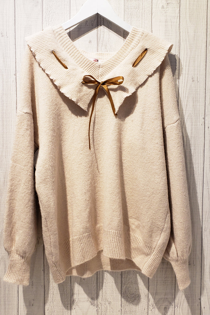 Drawstring Frilled Collar Knitted Blouse