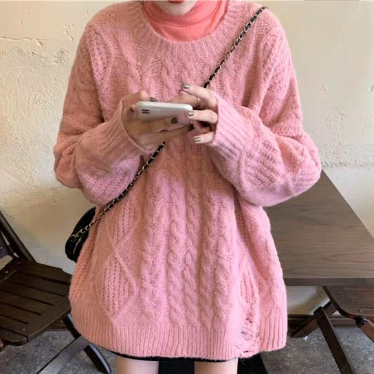 Cable Pattern Ripped Round neck Sweater