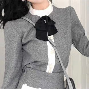 Mock Neck Front-Bow Blouse