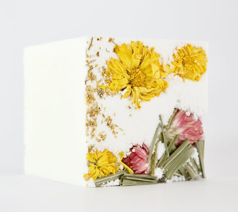 NATURAL EFFERVESCENT BATH CUBE - RADIATE