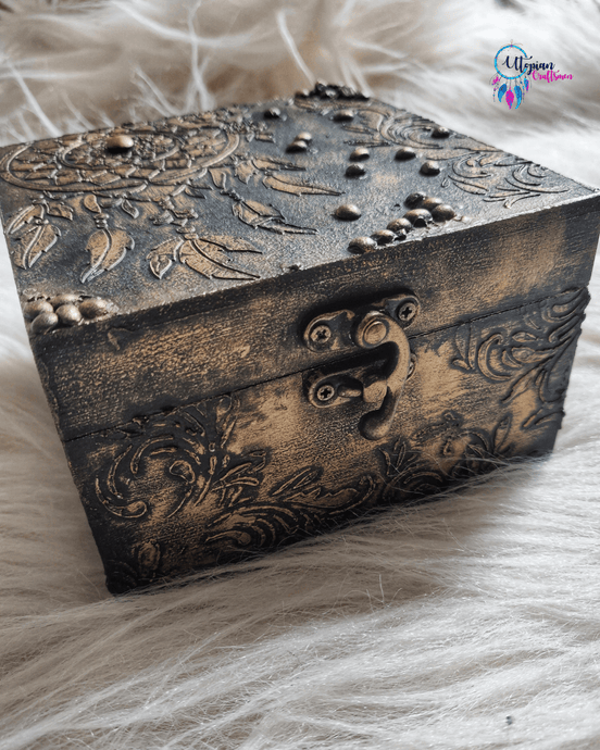 Buy online Vintage Dreamcatcher themed gift box | Utopian Craftsmen
