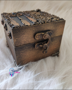 Vintage Dream-Catcher themed gift box | Utopian Craftsmen