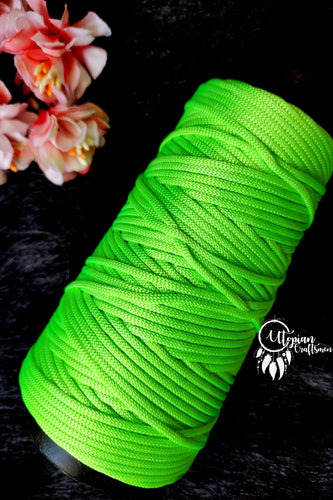 Neon Green Colour Cone Thread for Weaving & Knitting - Approx 125 metres. - Utopian Craftsmen