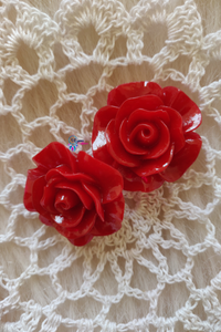 Red Colour Flower Shape Acrylic Beads (2 Pieces) - Size 1 inches - Utopian Craftsmen