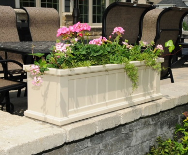 Mayne - Cape Cod 4' Window Box - White