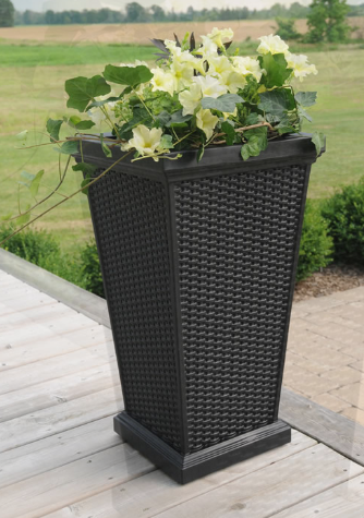 Mayne - Wellington Tall Planter - White