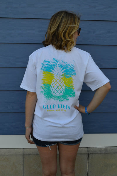 GOOD VIBES TEE in WHITE