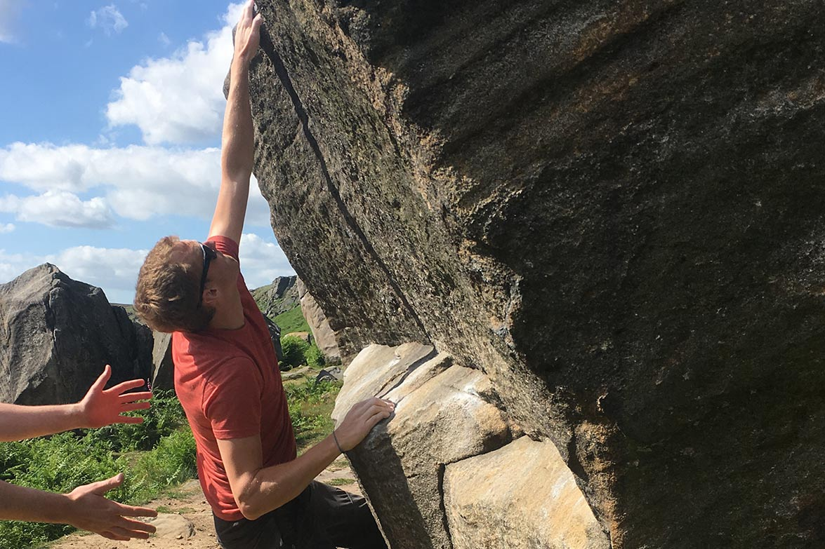 bouldering stanage edge peak district silverstick adventure 1