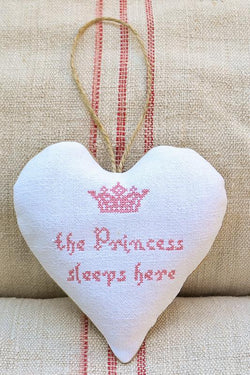 Sachet - The Princess Sleeps Here