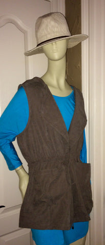Neutral Vest (Plus Size)