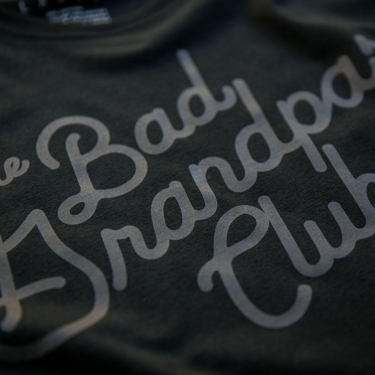 BAD GRANDPAS CLASSIC TILT T-SHIRT BLACKOUT