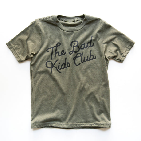 BAD KIDS CLASSIC TILT T-SHIRT- ARMY GREEN
