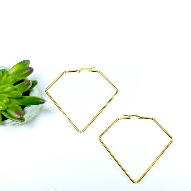 long geometric hoops