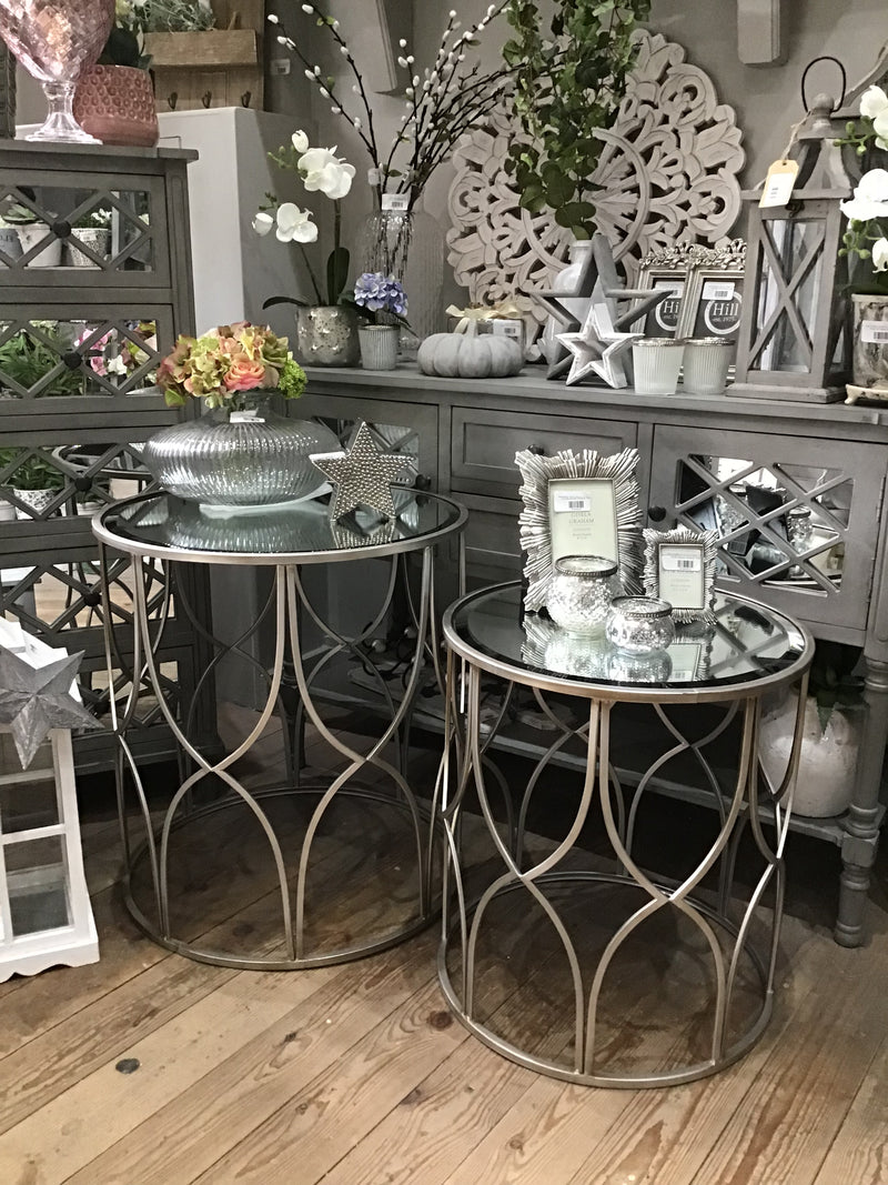 Large silver lattice table