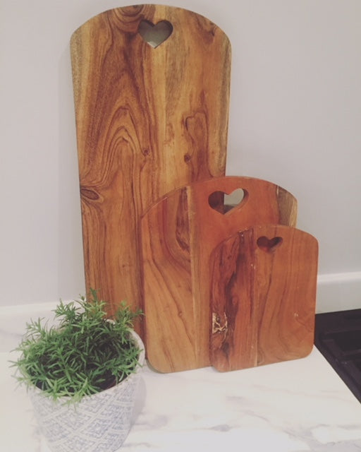 Large tall chopping board with heart